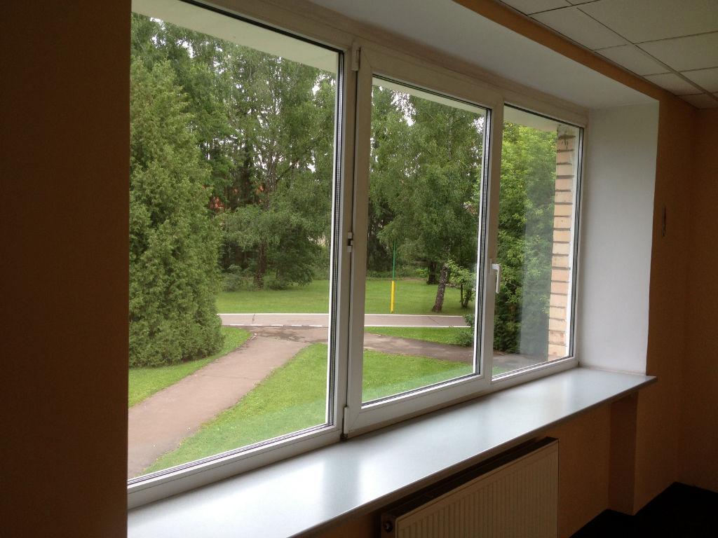 сколько стоит поставить самые дешевые окна распутные